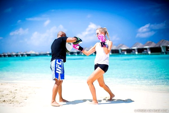 Fitness On Toast Faya Blog Girl healthy Importance Benefits of Muay Thai Martial Arts Health Active Workouts Fit Luxury W Maldives Travel-8