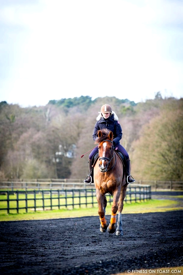 Fitness On Toast Faya Blog Girl Healthy Workout Idea Riding Coworth Park Equestrian Center Horse Fit Health Calorie Burn Muscle Tone Benefits of Riding-5