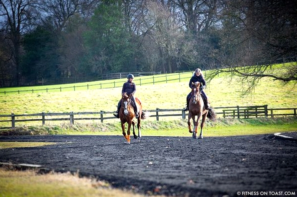 Fitness On Toast Faya Blog Girl Healthy Workout Idea Riding Coworth Park Equestrian Center Horse Fit Health Calorie Burn Muscle Tone Benefits of Riding-6