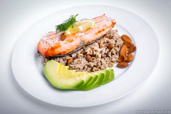 GRILLED SALMON, LENTILS, QUINOA AND AVOCADO !!!http://fitnessontoast.com/2013/12/08/festive-grilled-salmon-lentils-quinoa-and-avocado/