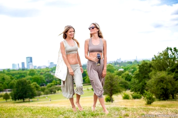 Fitness On Toast Faya Blog Girl Healthy Workout Yoga Lifestyle Fashion OOTD House of Dharma Kayleigh Carrie Bali Clothes Bohemian Look Primrose Hill London-10