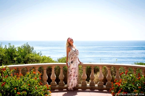 Fitness On Toast Faya Blog Benefits Of Walking Healthy Walk Grand Hotel Du Cap Ferrat Cote D'Azur Azur South Of France Exercise Calorie Burn Girl Fashion-3