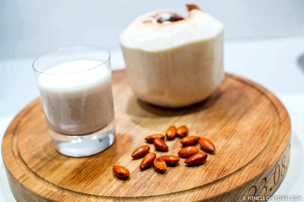 Fitness On Toast Faya Blog Recipe Almond Milk Healthy Fit Tasty-2