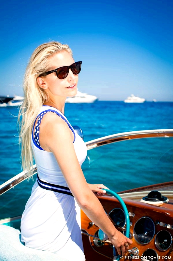 Fitness On Toast Boat Chic Monreal Saint Tropez Club 55 Ramatuelle Pamplonne Riva Aquarama Vintage Queens Club Faya Blog-6