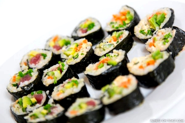 BROWN RICE SUSHIhttp://fitnessontoast.com/2012/12/28/sushi-easy-but-complex/