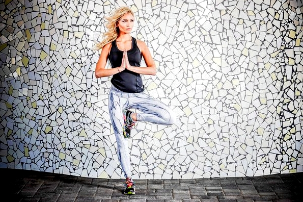 Faya Fitness On Toast Girl Blog Healthy Workout Recipe Fit Fashion OOTD Trendy Sports Lookbook Shoot