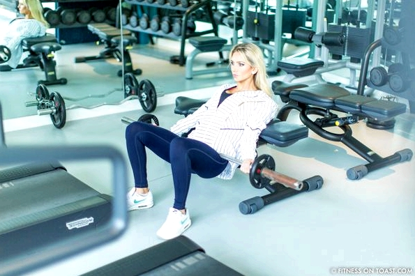 Fitness On Toast Faya Blog Girl Healthy Exercise Workout Gym Training Train Fashion OOTD Hey Jo Leggings Activewear Luxury Coworth Park Dorchester Hotel Lucas Hugh Hoodie-18