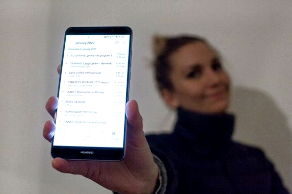 fitness-on-toast-huawei-future-phone-ces-innovation-ideal-phone-mobile-decade-consumer-electronics-show-4