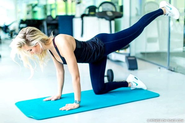 Fitness On Toast Faya Blog Girl Healthy Exercise Workout Gym Training Train Fashion OOTD Hey Jo Leggings Activewear Luxury Coworth Park Dorchester Hotel Lucas Hugh Hoodie-12